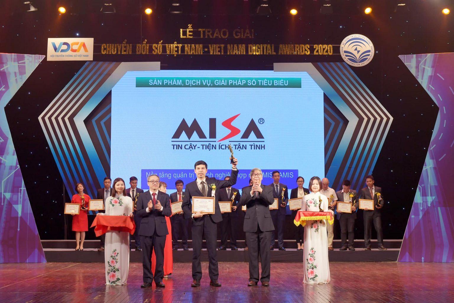 MISA AMIS nhận Giải thưởng chuyển đổi số Việt Nam 2020